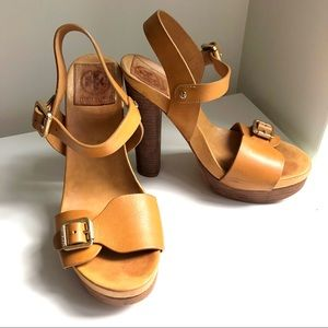 Tory Burch Wooden Leather Strappy Platforms Size 9